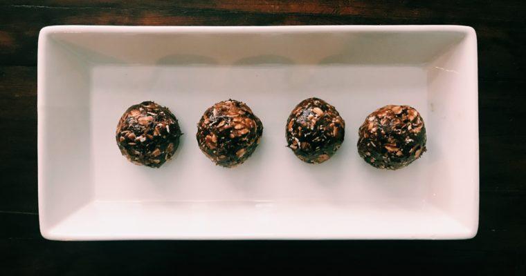 Chocolate PB Protein Balls